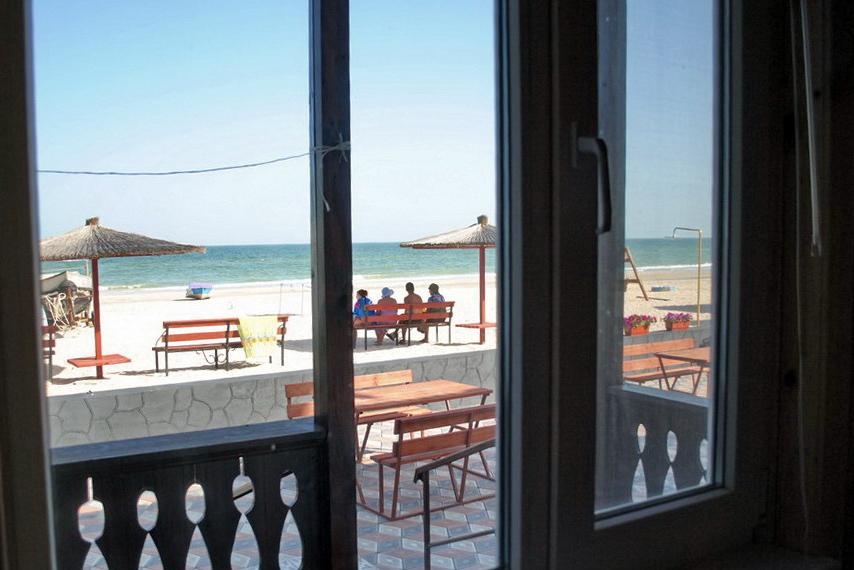 Номер в пляжной зоне - вид из окна