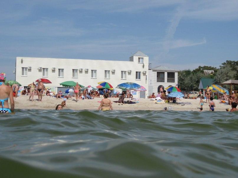 Вид на отель Пляж