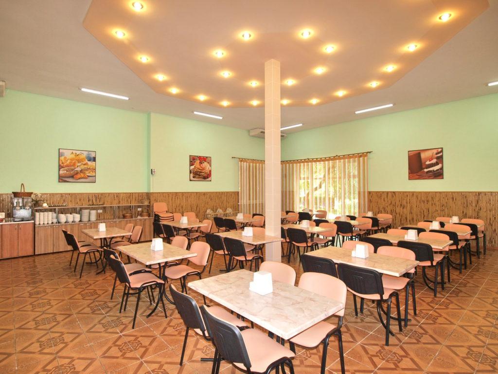 Зал Солнечный на б/о Приморская-Галатея