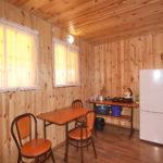 Домик «Полулюкс» 4-х местный, кухня