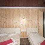 Номер «Люкс» 4-х местный в коттедже, спальня