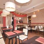 Основной зал суши-кафе Токио