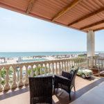 «Апартаменты» трехкомнатные ― терраса с видом на море