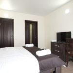 Номер «Люкс» 3-6-ти местный двухкомнатный, спальня