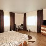 Двухэтажный коттедж, первая спальня