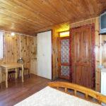 Деревянный коттедж 4-х местный