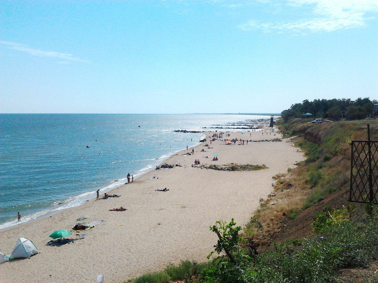 Пляж в Новопетровке