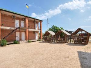 База отдыха «Орфей» ― коттеджи №№7-8 и 11-12