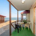 «Люкс» 2-х местный на пляже