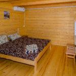 Номер «Люкс» 4-х местный, кровать и диван