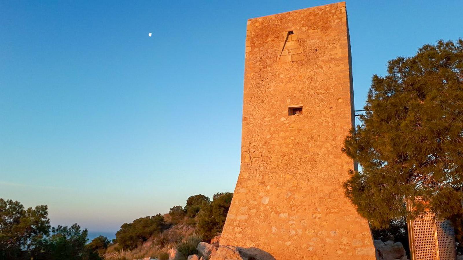 Башня Торре-дель-Агуило