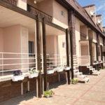 Территория отеля Клеопатра в Кирилловке
