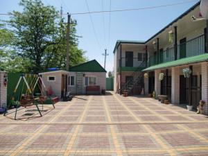 Гостевой дом Чаривная 32