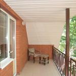 Второй балкон