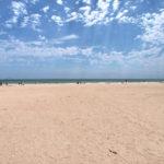 Пляж и море рядом