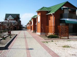 База отдыха «Кристалл» на косе Пересыпь в Кирилловке