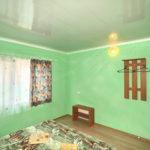 Номер «С удобствами» трехкомнатный ― спальня
