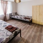 Апартаменты 2-6-ти местные трехкомнатные с кухнями, №1