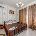 «Апартаменты» трехкомнатные ― первая спальня