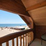Номер «Люкс» 2+2 двухэтажный с видом на море
