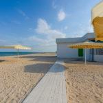 «Люкс» 4-х местный двухкомнатный с кухней на берегу