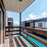 Номер «Люкс» с видом на бассейн